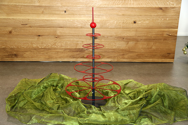 Design Christbaum aus Metall