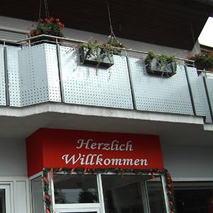 Balkone-Terrassenanlagen